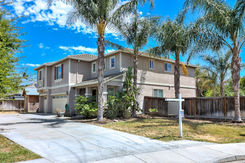 Sold at $603,000<strong>160 Fahmy Street, Brentwood</strong>