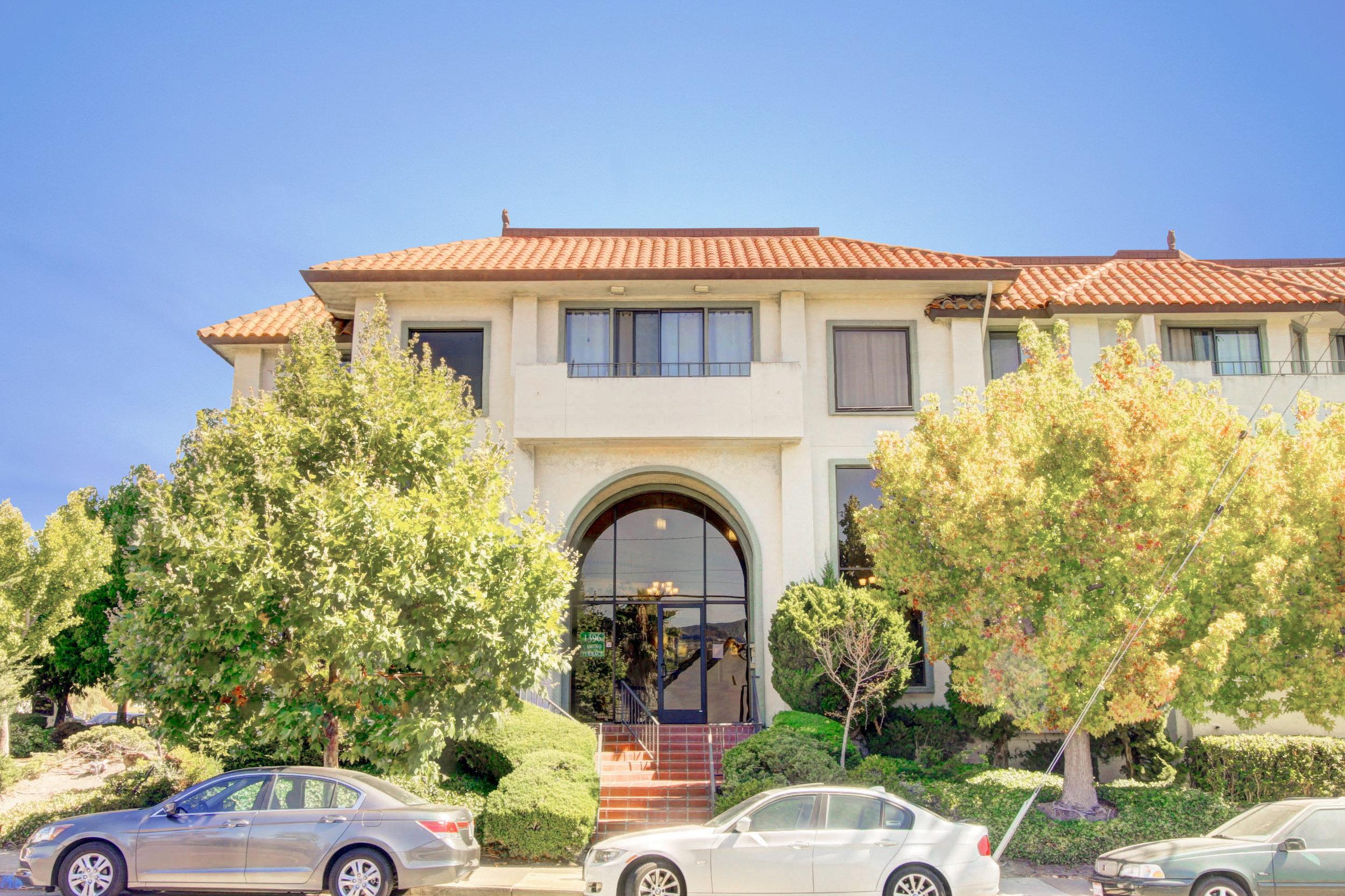 Sold at $807,800<strong>1396 El Camino Real #102, Millbrae</strong>
