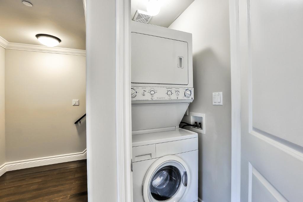 washer&dryer (1024x683).jpg