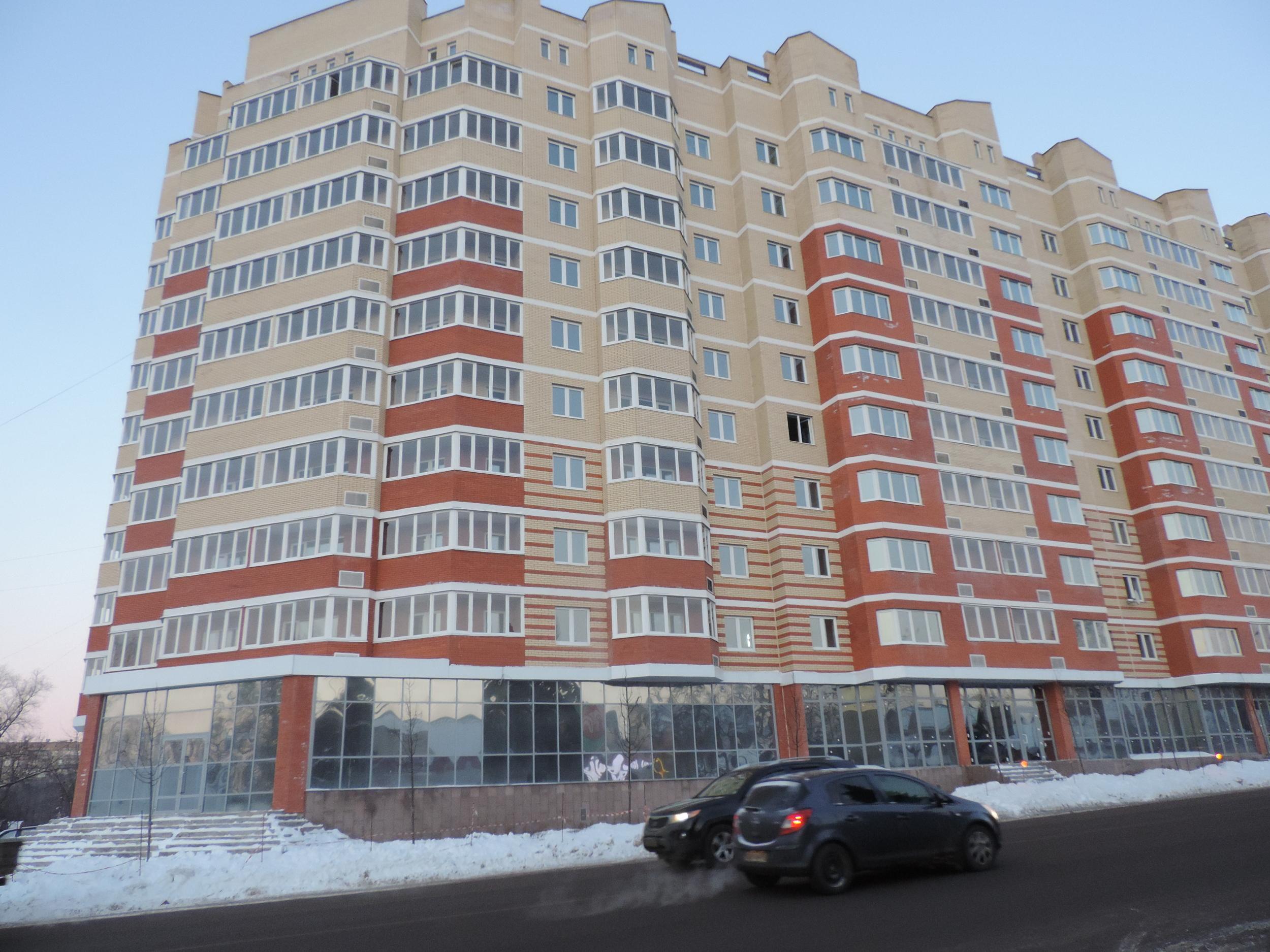 Комплексное остекление жилого дома в Люберецком районе ПВХ FUNKE и фасадный алюминий NISSAL.JPG