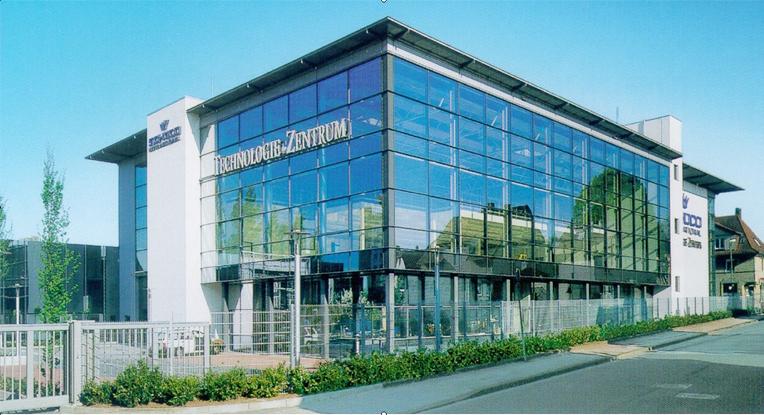 Испытательный оконный центр Schuco в Билеферьде (Германия).jpg