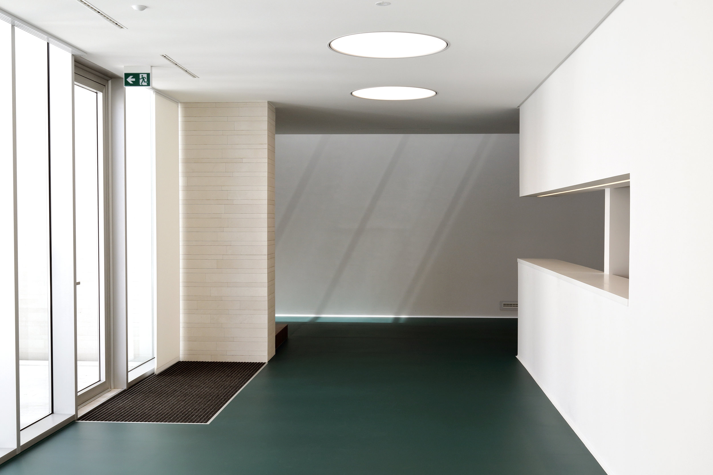 Dental Clinic Reception - entrance -