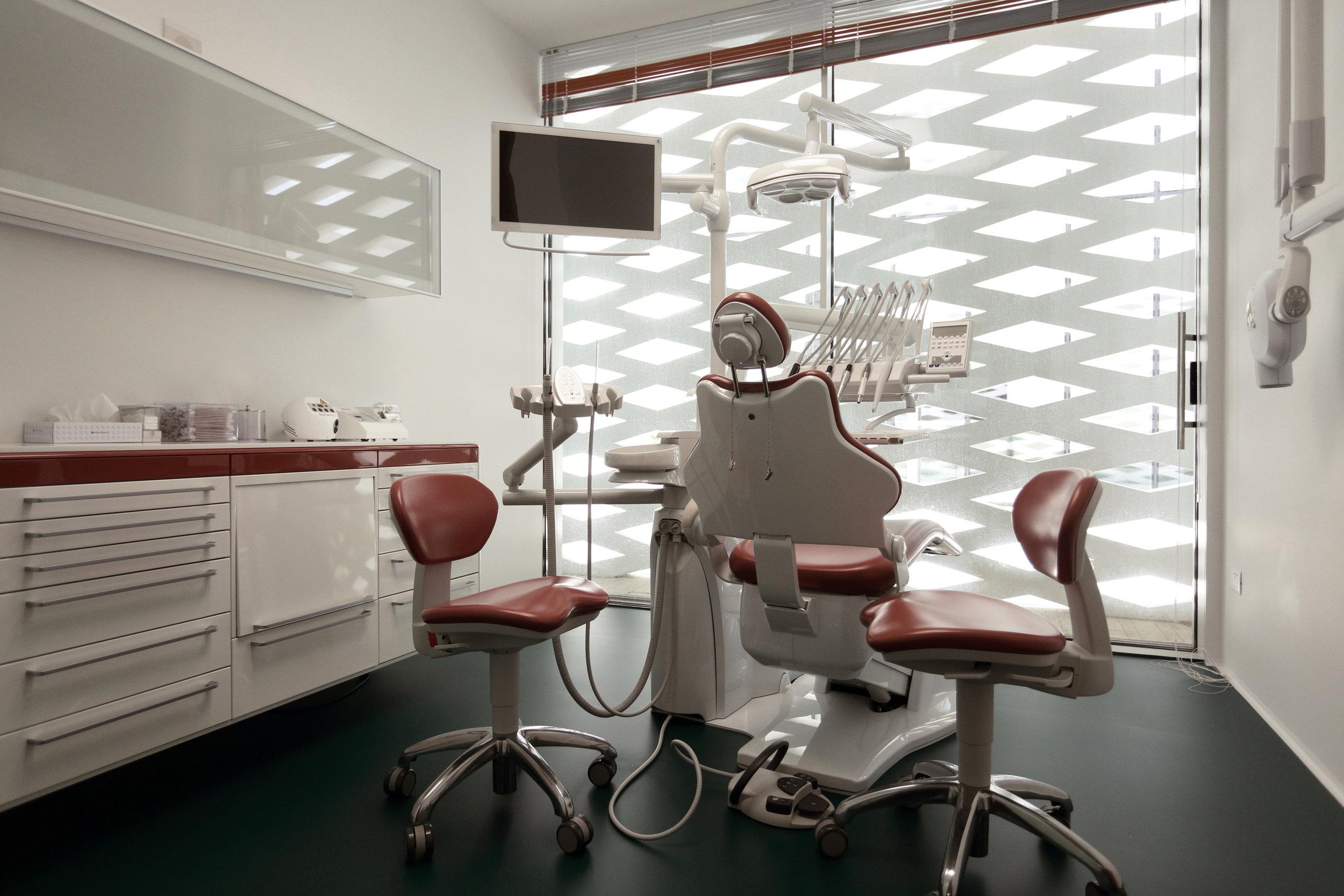 Dental Clinic - medical consultancy studio -