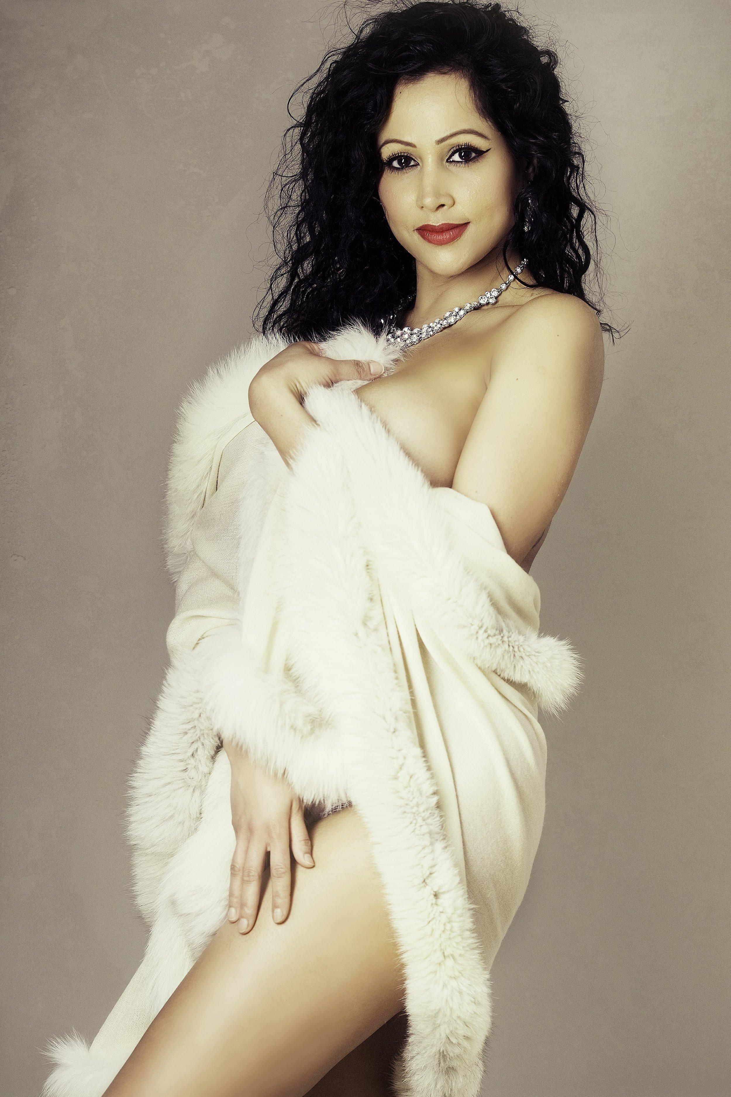 _MG_0186-studioglamour-London-19 boudoir-photography-london.jpg