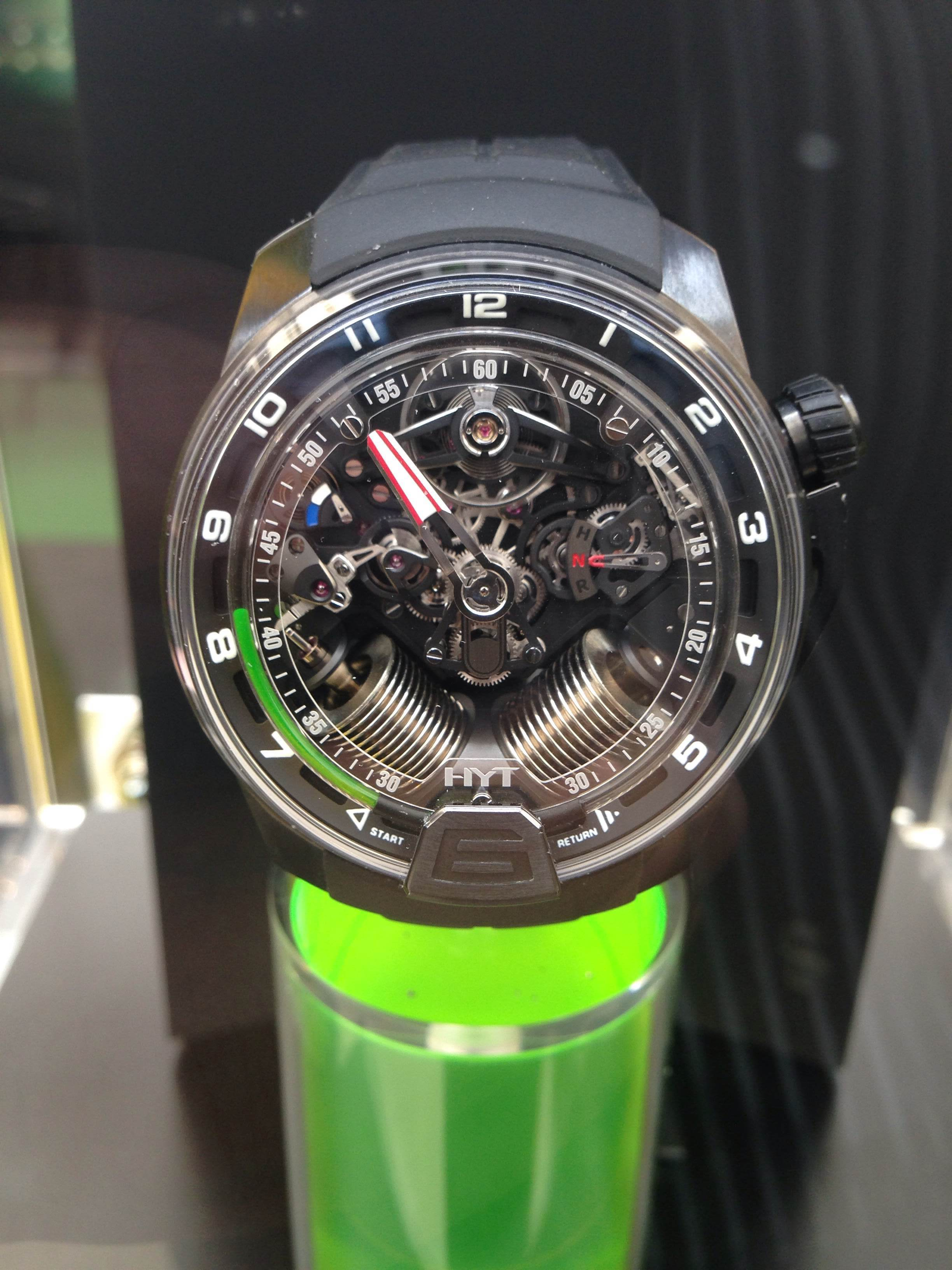 How to make the watch more understandable, just make interesting and colourful stand.