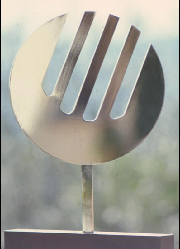 S.P. 13, 1974  acciaio, 55x41x1,5 cm