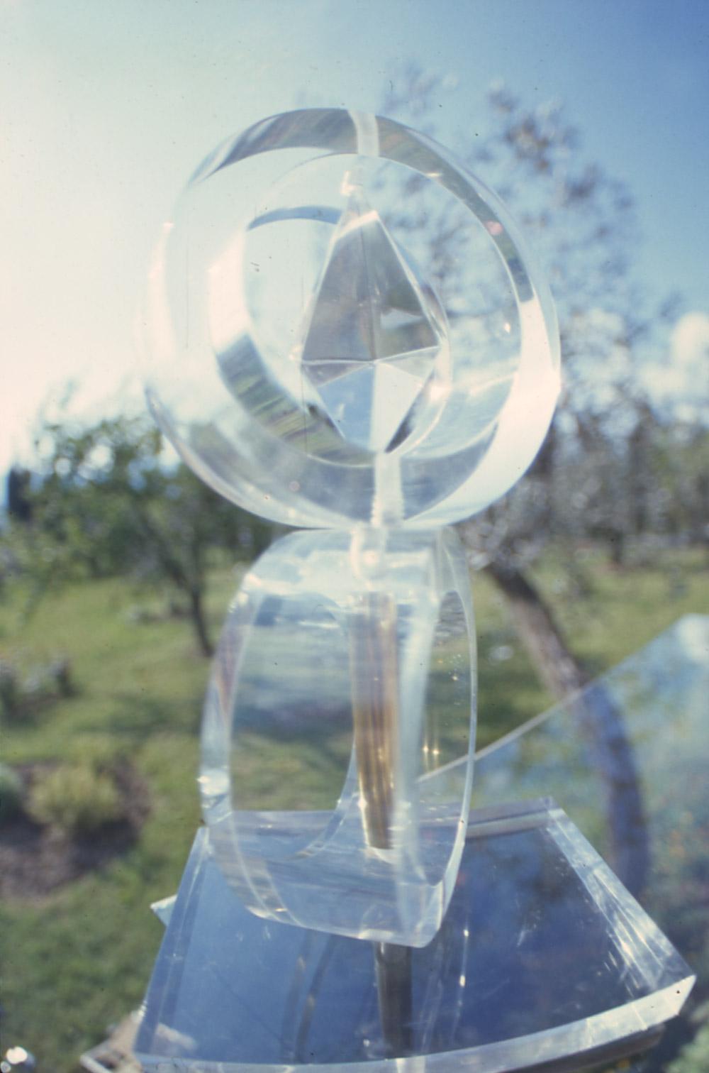 Progetto in plexiglas per una fontana