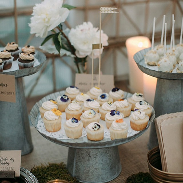 #TBT Going back to this dessert table I catered and styled for my friend @slkgurlak 's wedding at @shopterrain back in June. Thanks again to @weddingchicks for the mention and for featuring their beautiful day! #newoldfshndfood #newoldfshnd