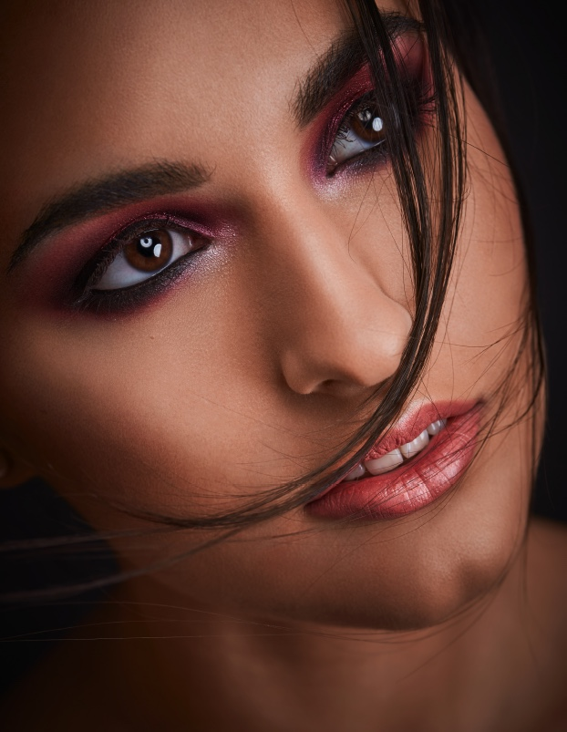 2018-01-11-red-beauty-Valeria3.jpeg