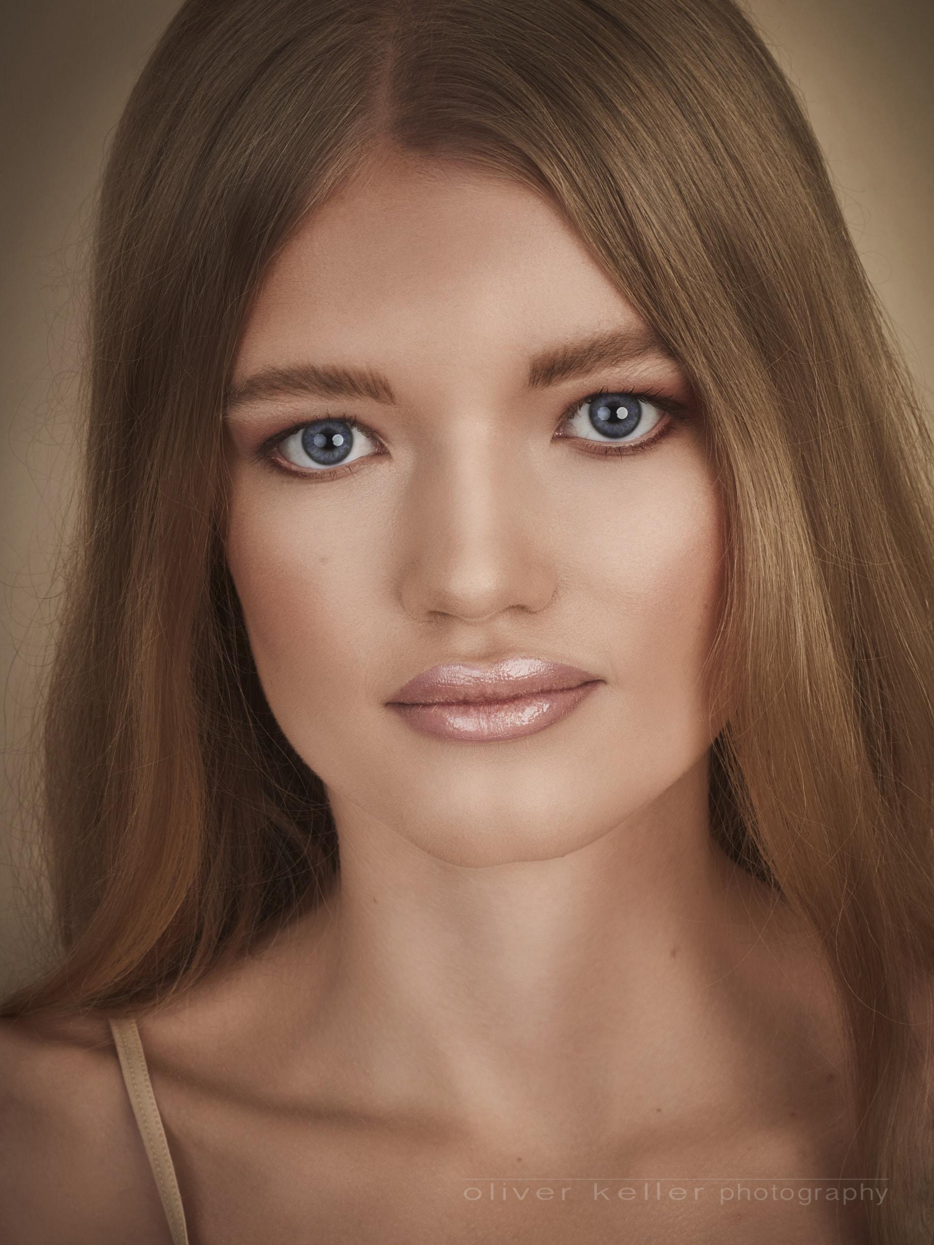 2018-10-02-Madelaine-beauty-portrait22303.jpg
