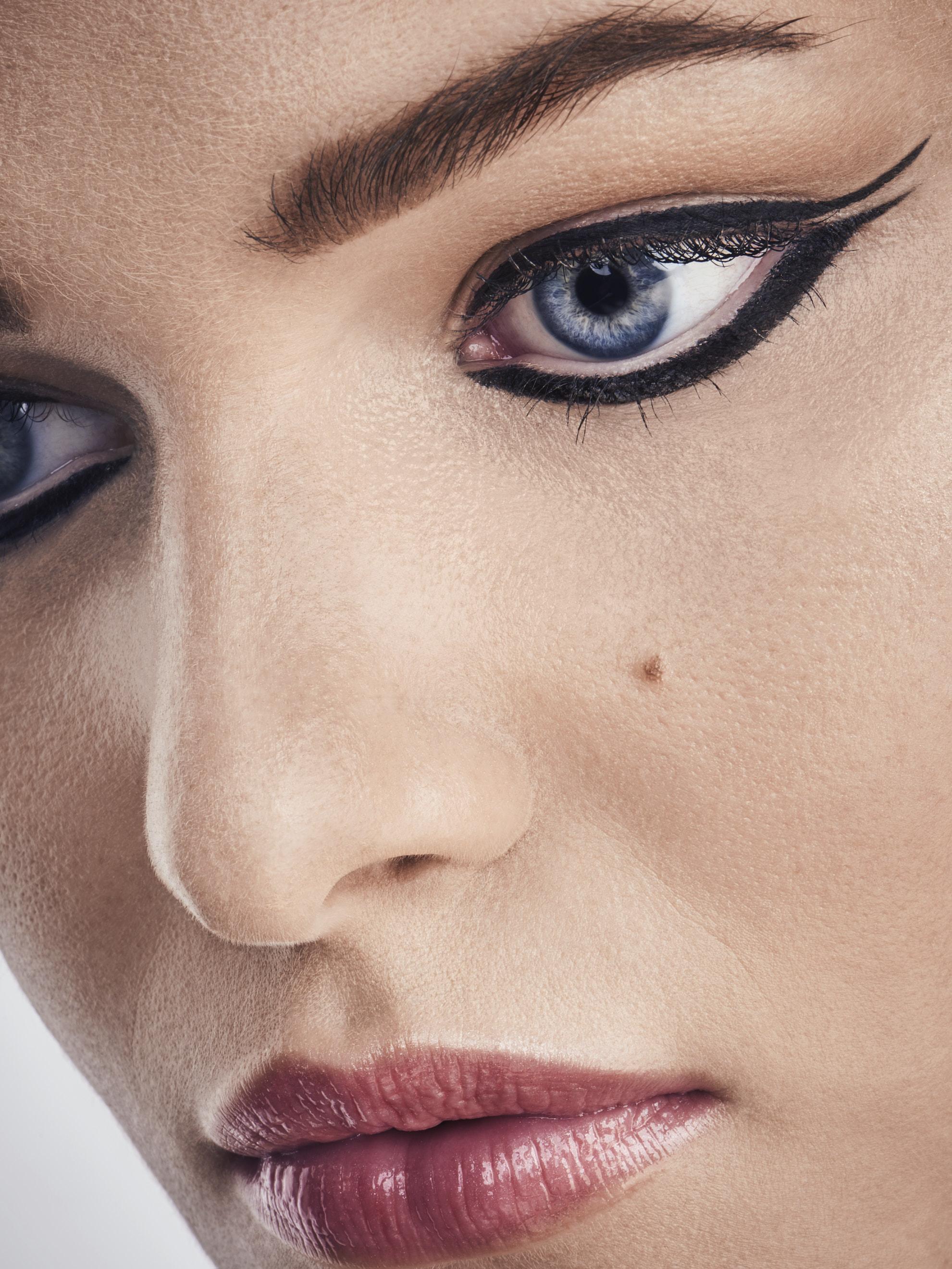 2019-08-10-Ashley-creativ-makeup9196.jpg