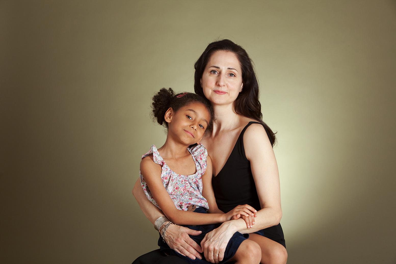mothers-day-portrait_studio-portrait_new-york_davina-zagury_3.jpg