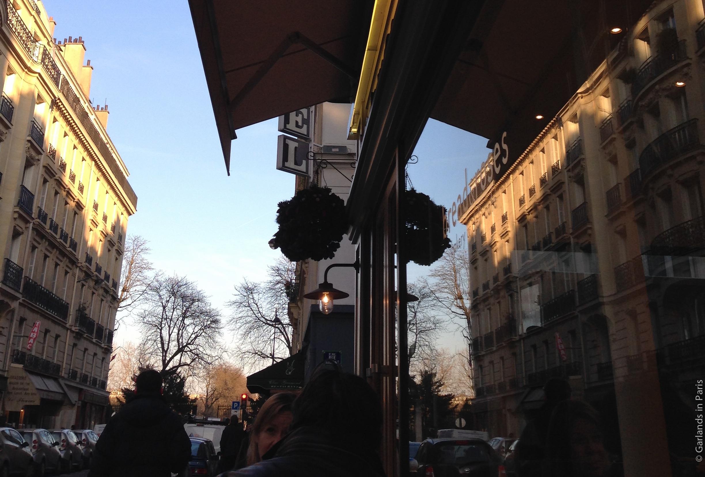 Bread and Roses, Paris