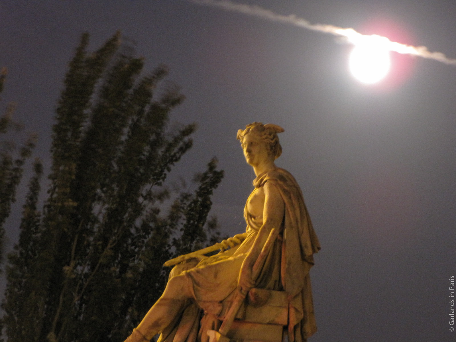 Full Moon Paris Seine Statue
