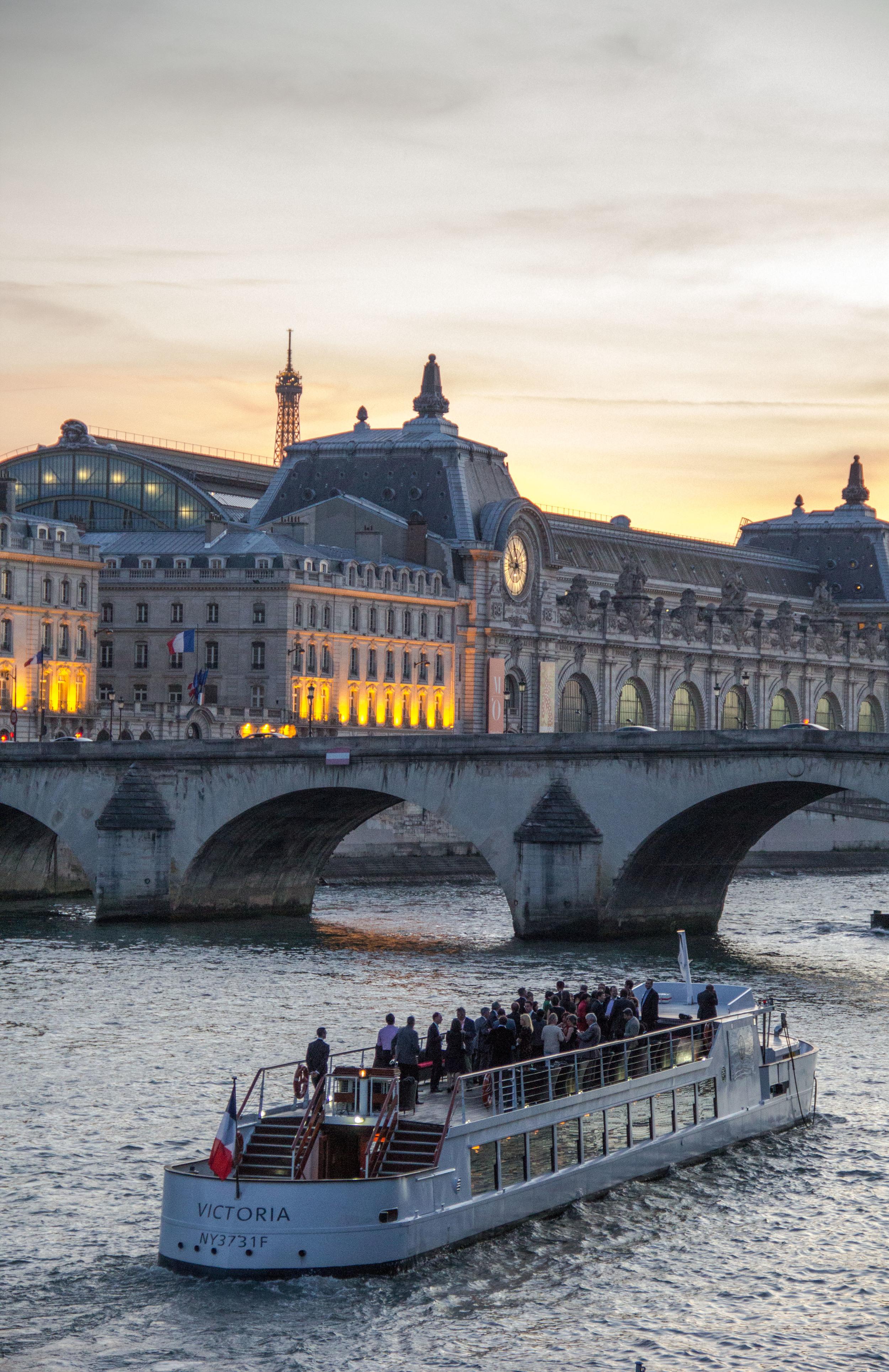 Paris boats Seine