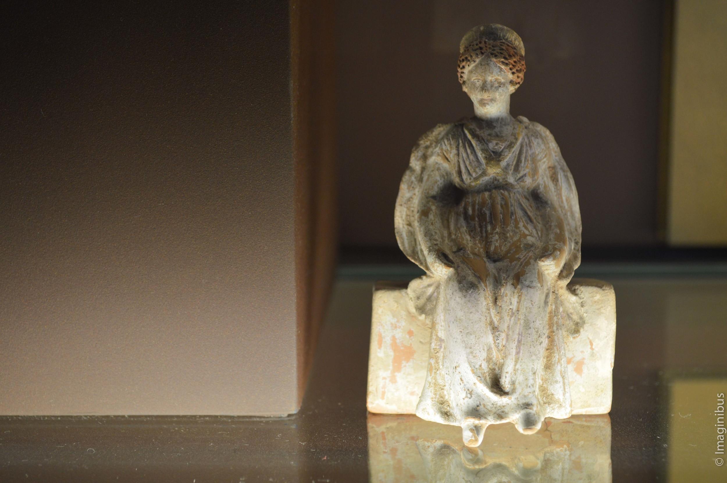 Louvre, Greek Terracotta Statue, Woman Sitting