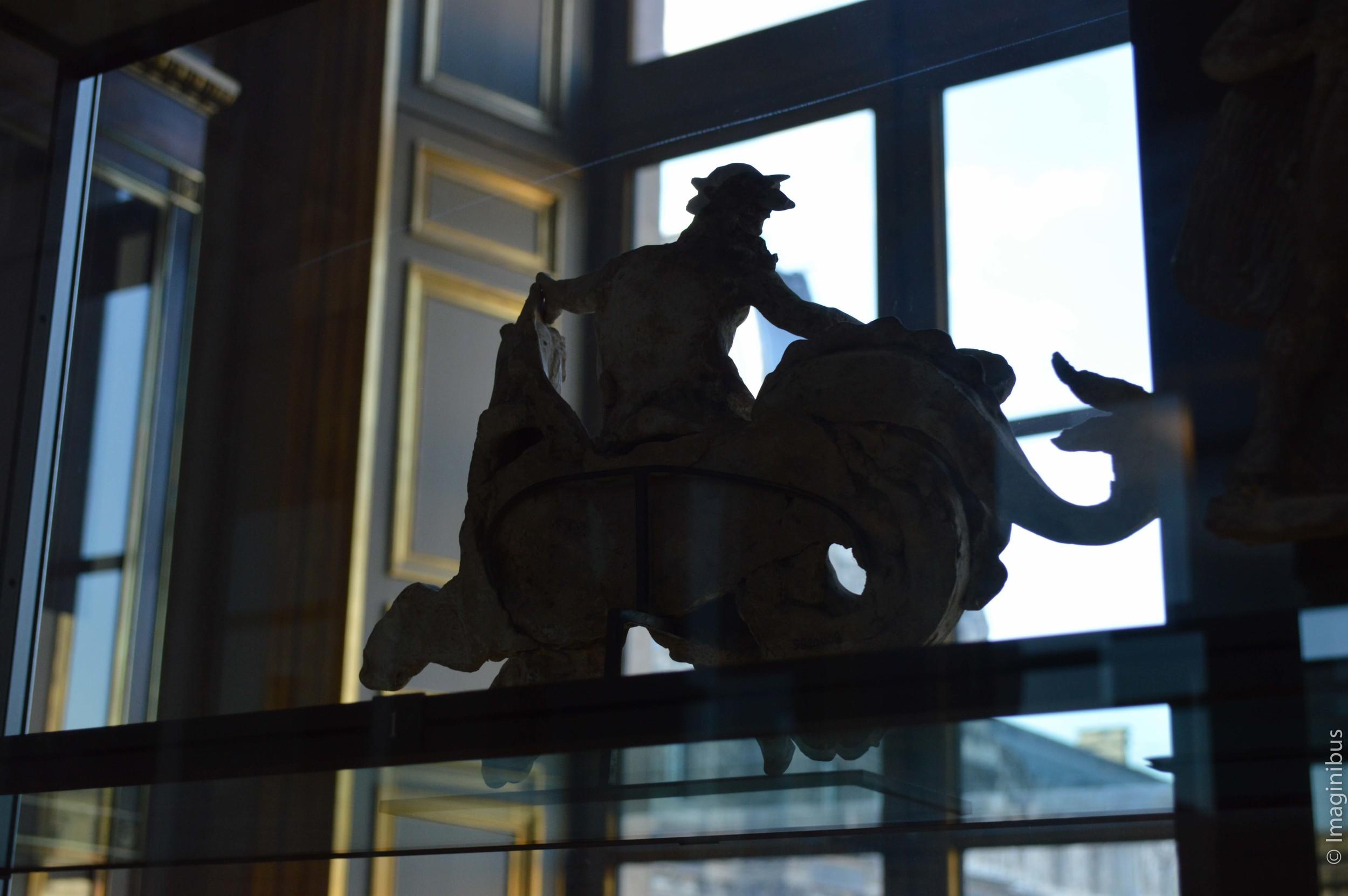 Louvre, Greek Terracotta Statue