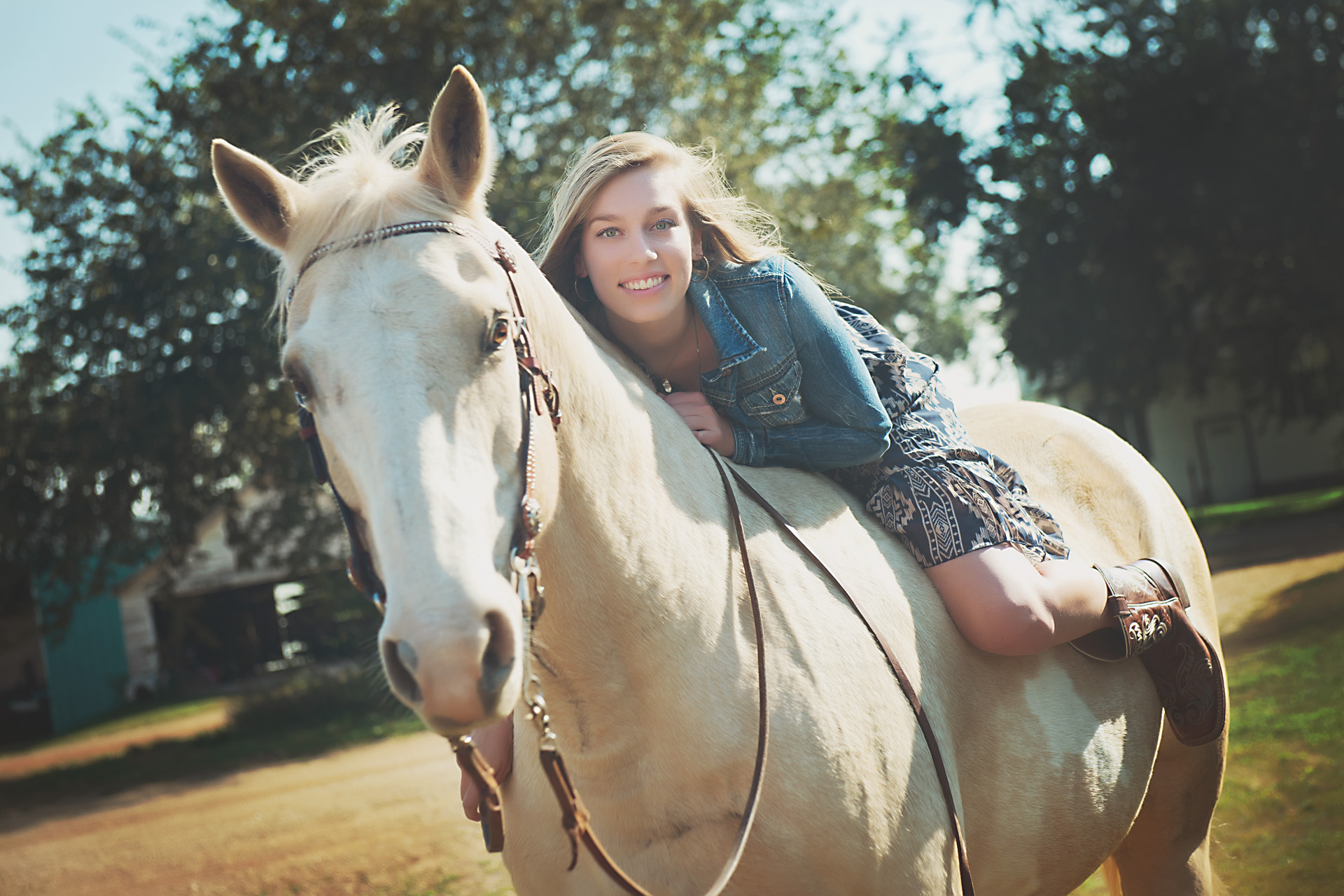 high school senior girl, horse, photography ©Valocity Studios