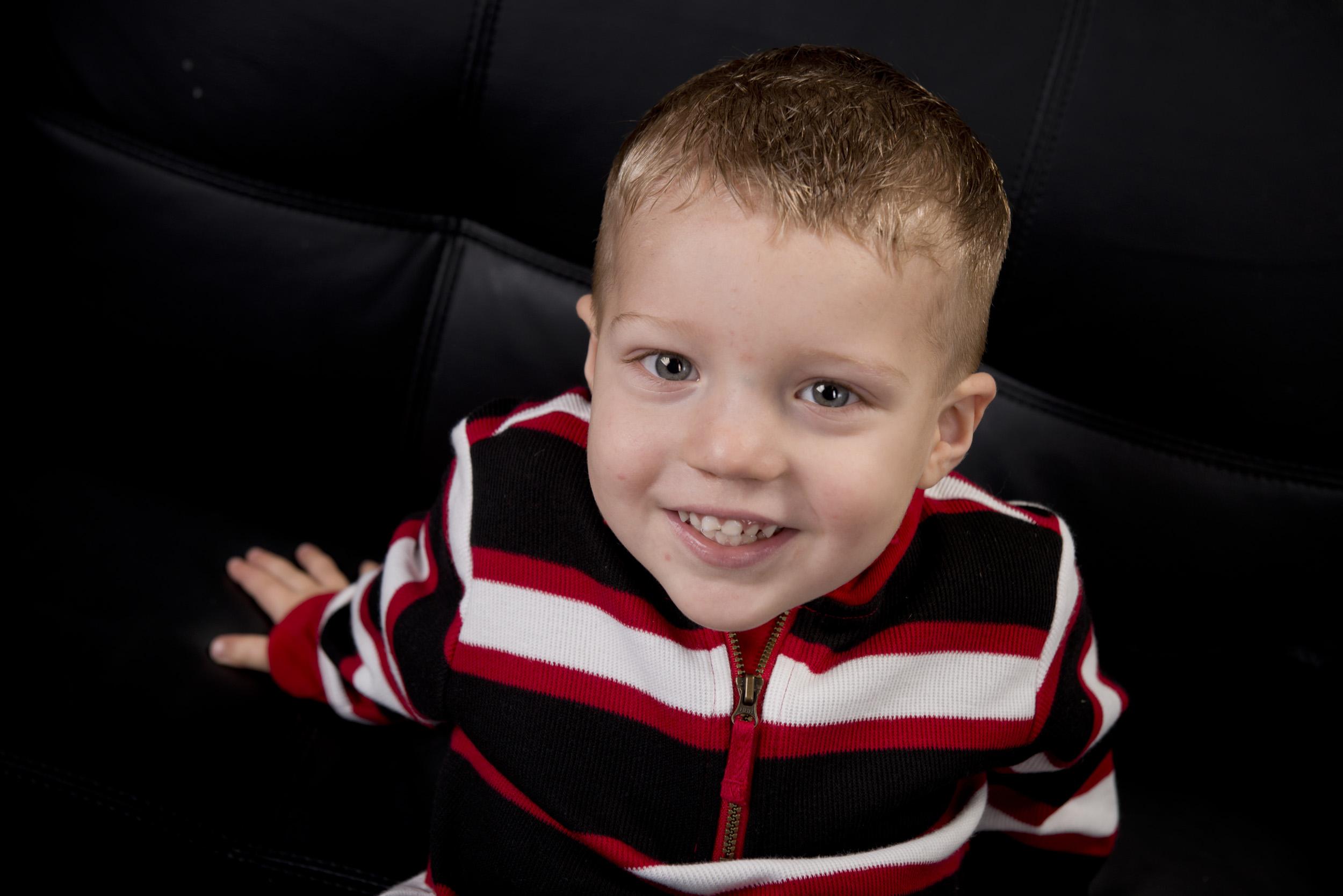 kids, pose, photography, child, indoor studio © Valocity Studios