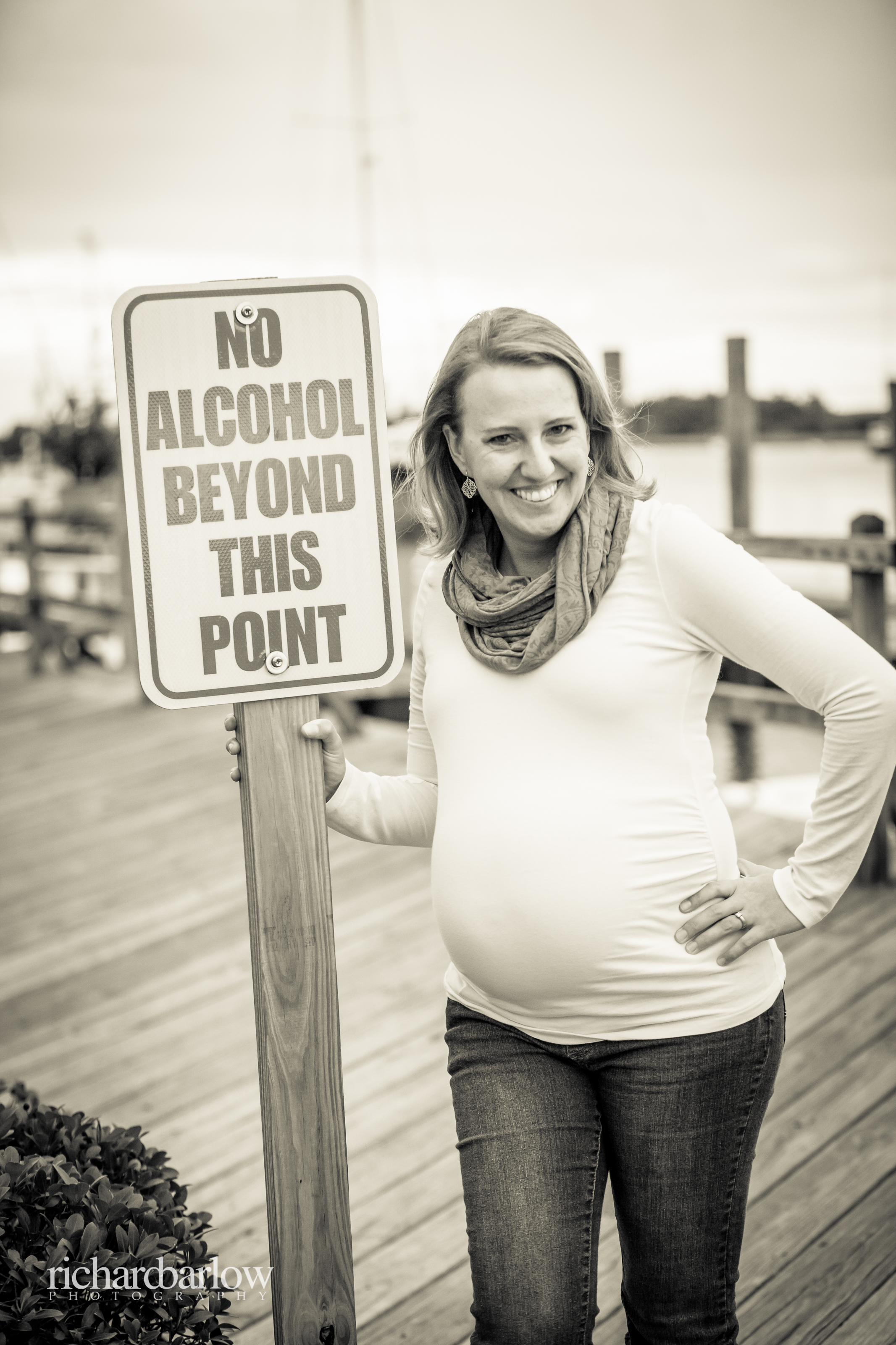 richard barlow photography - Sarah Maternity Session - Beaufort waterfront-19.jpg