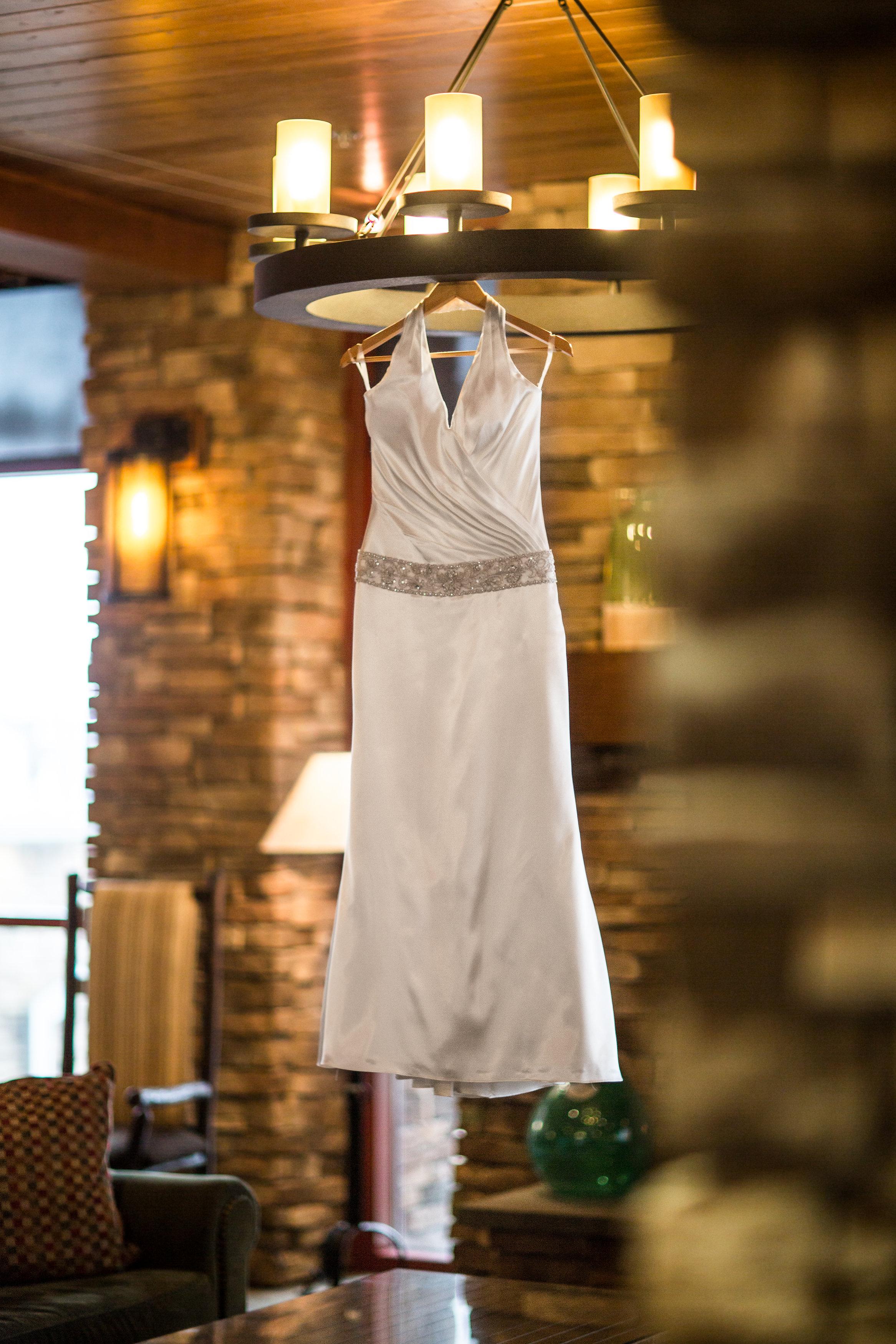 skiresortwedding-dress
