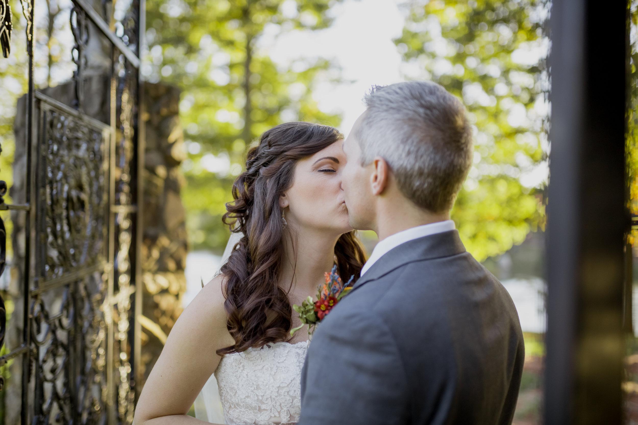 Gillien-Finlay Wedding-508.jpg