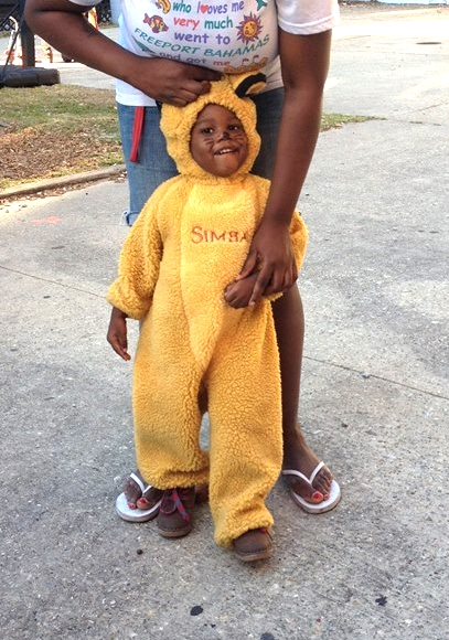 Halloween 2014: An adorable Simba costume for an adorable Covenant House 'WEENSTER