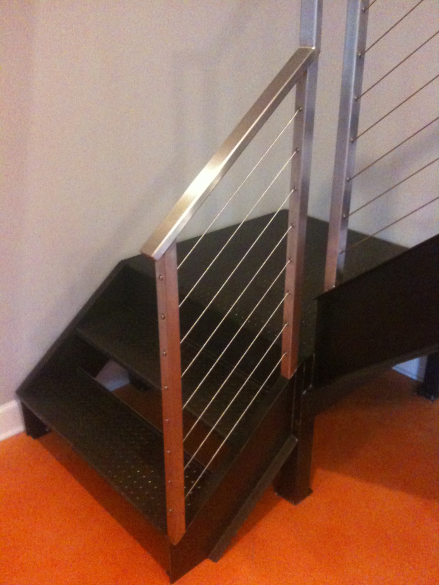Stainless Steel Rectangle Tube Cable Railing & Painted Steel Staircase