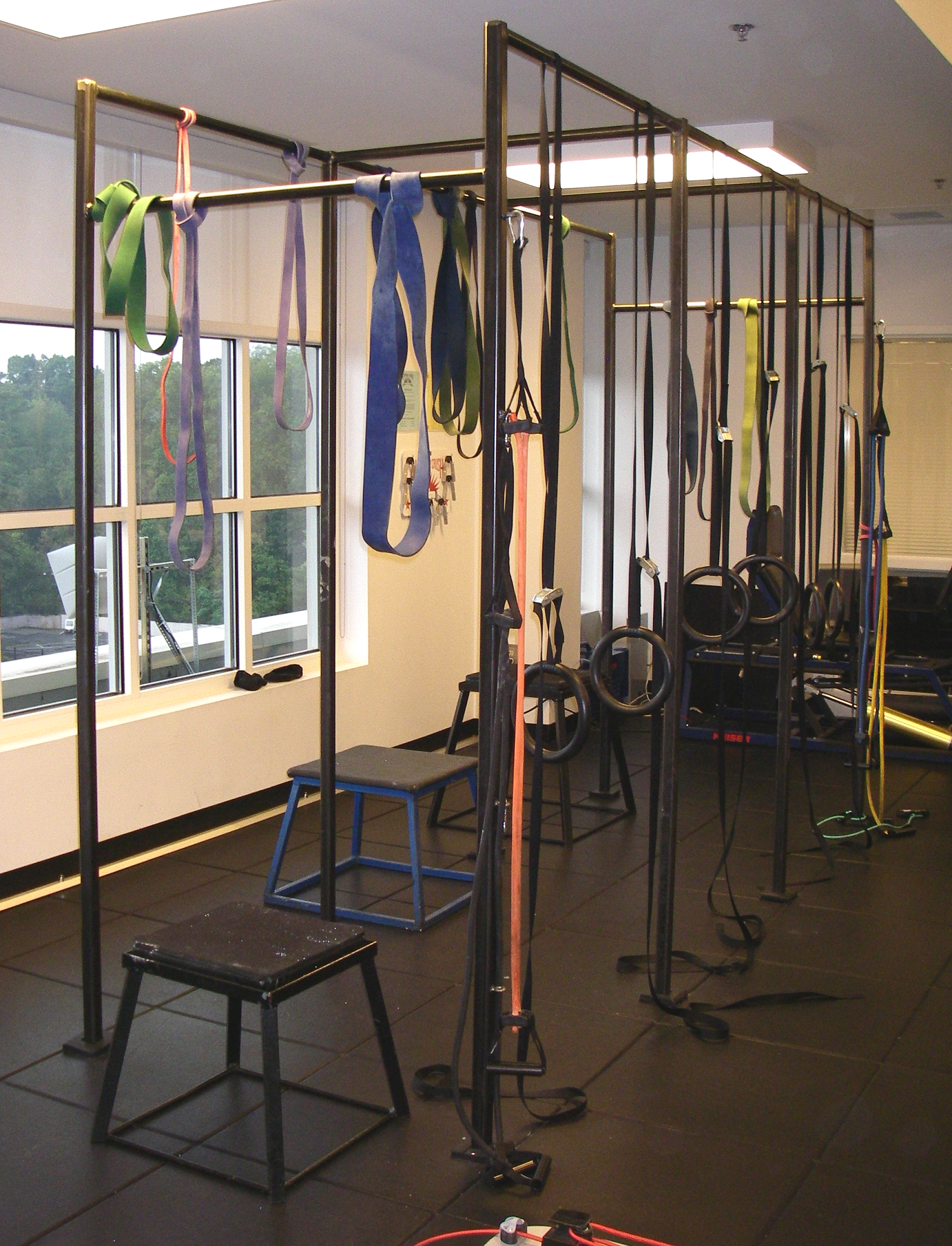 Painted Steel Workout Pull Up Rack
