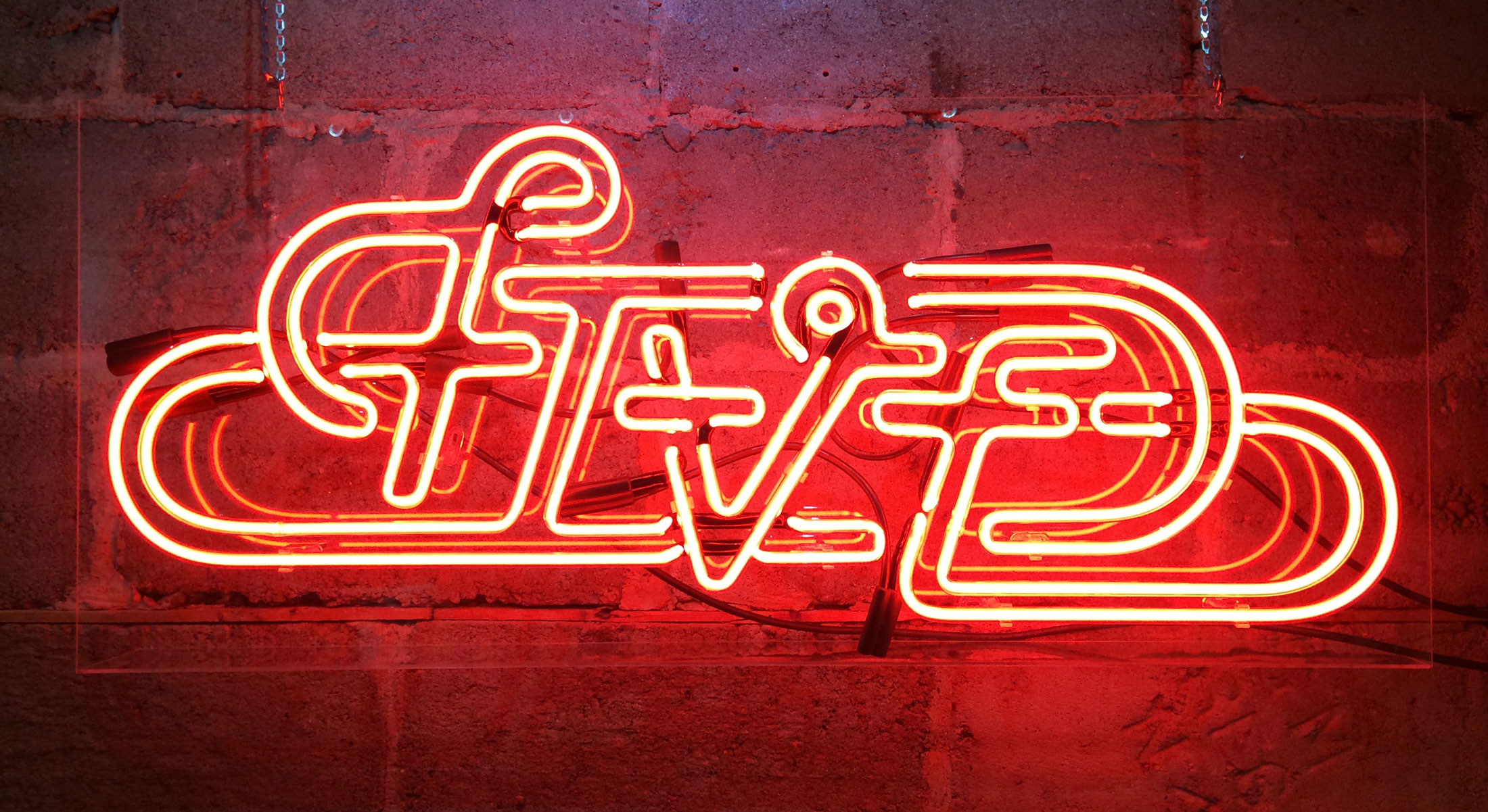 Neon-Five_WEB.jpg