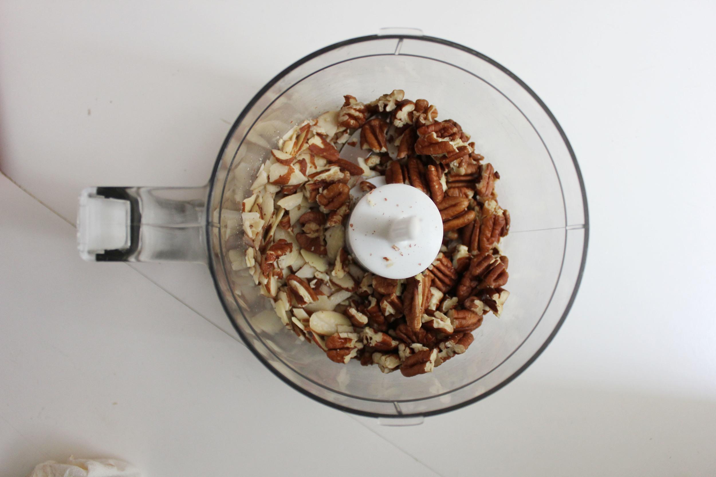 Almonds + pecans - Fancy Casual www.fancycasual.com