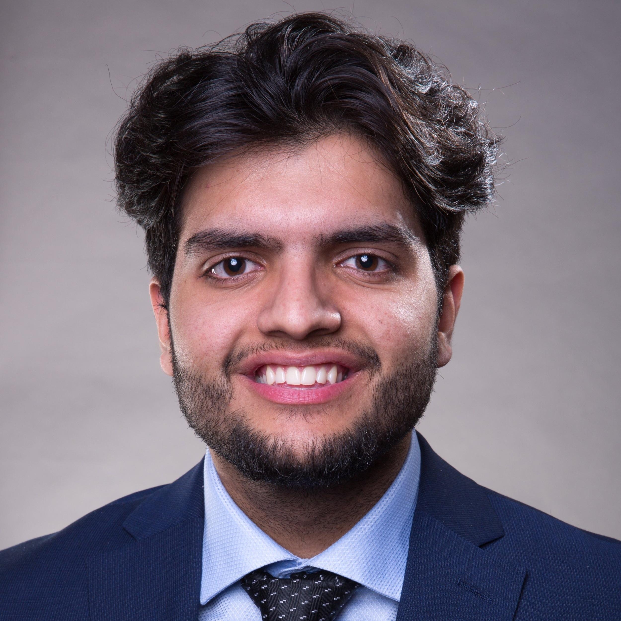 LinkedIN profilepic - Saad Razzaq.jpg