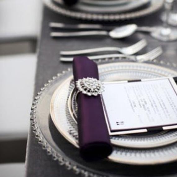 Photo: elegantweddinginvites.com