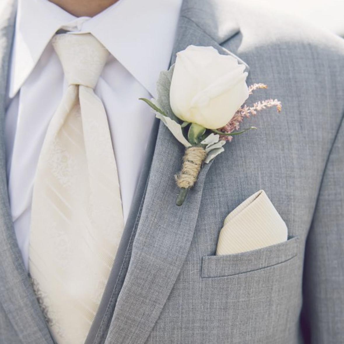Photo: weddingpartyapp.com