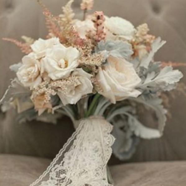 Photo: weddings.banquetevent.com