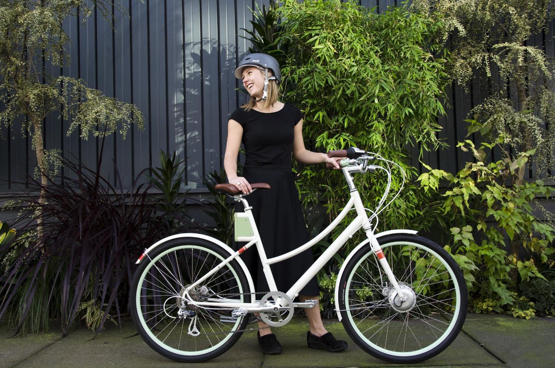 Faraday Electric Bike, Piccadilly Cycles, Ashland, Oregon