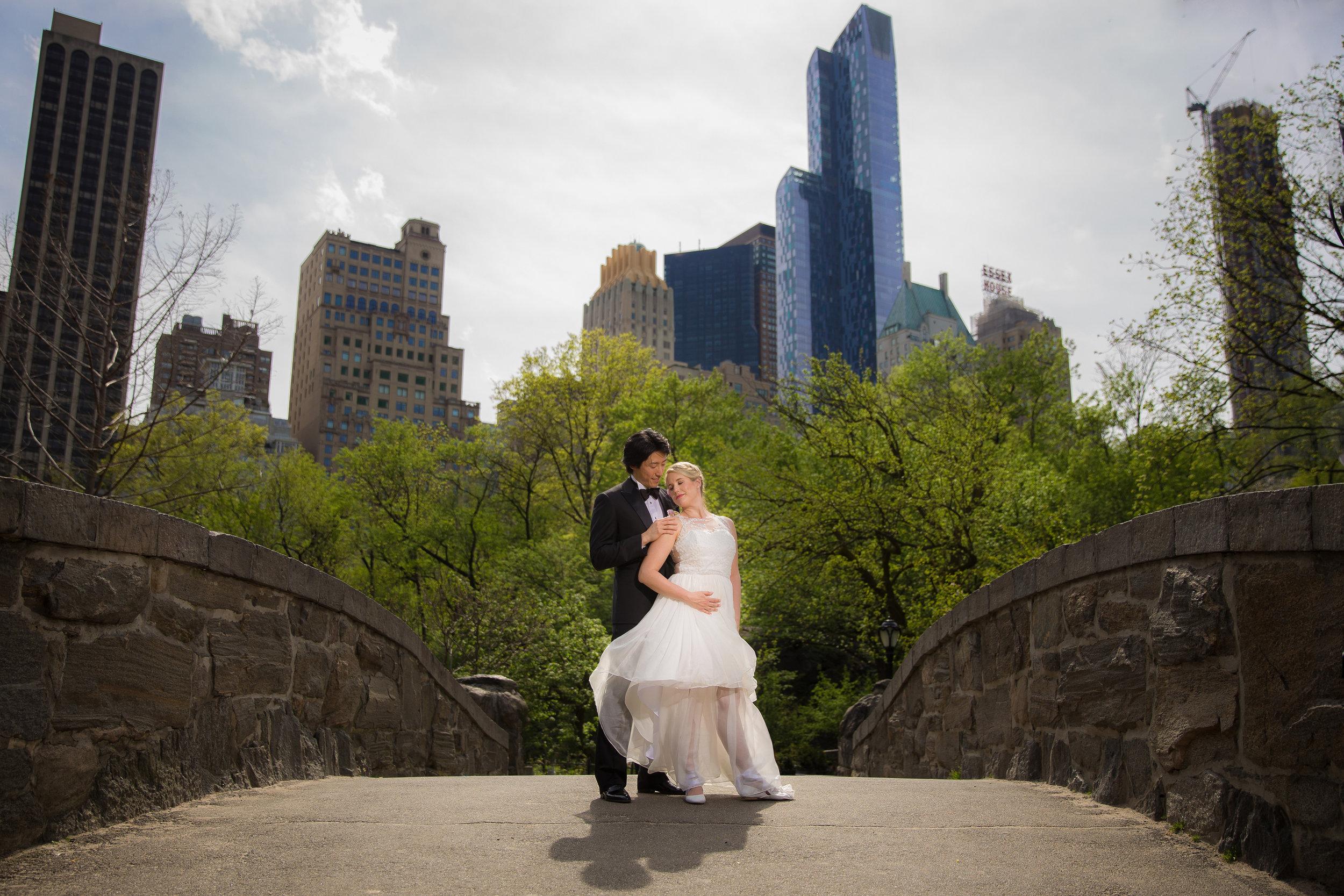 victorious-events-nyc-012-colleen-taka-central-park-zoo-wedding-raymond-hamlin.jpg