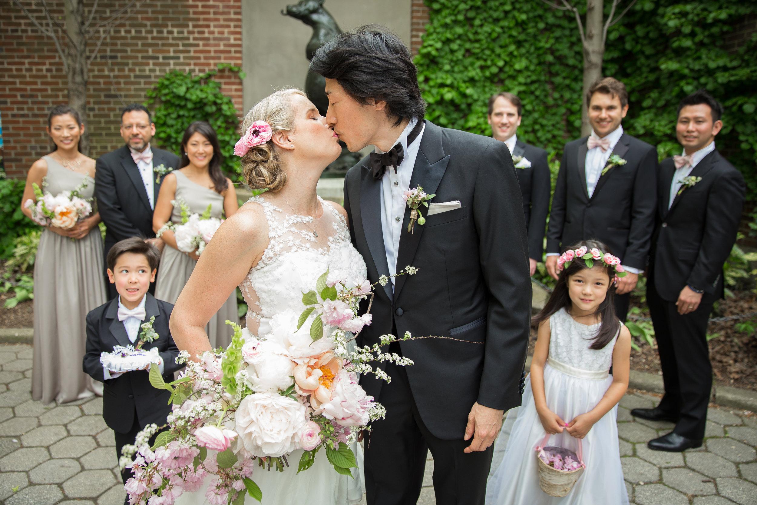 victorious-events-nyc-016-colleen-taka-central-park-zoo-wedding-raymond-hamlin.jpg
