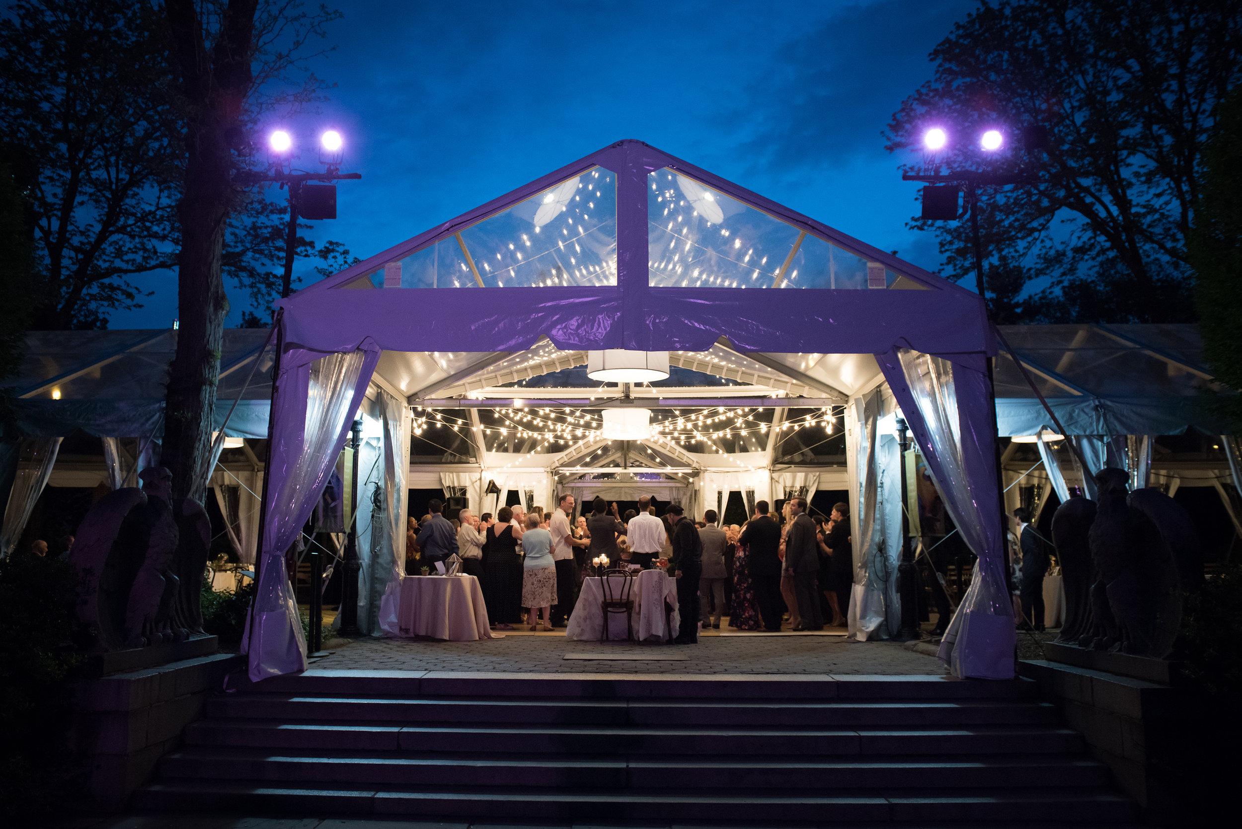 victorious-events-nyc-032-colleen-taka-central-park-zoo-wedding-raymond-hamlin.jpg