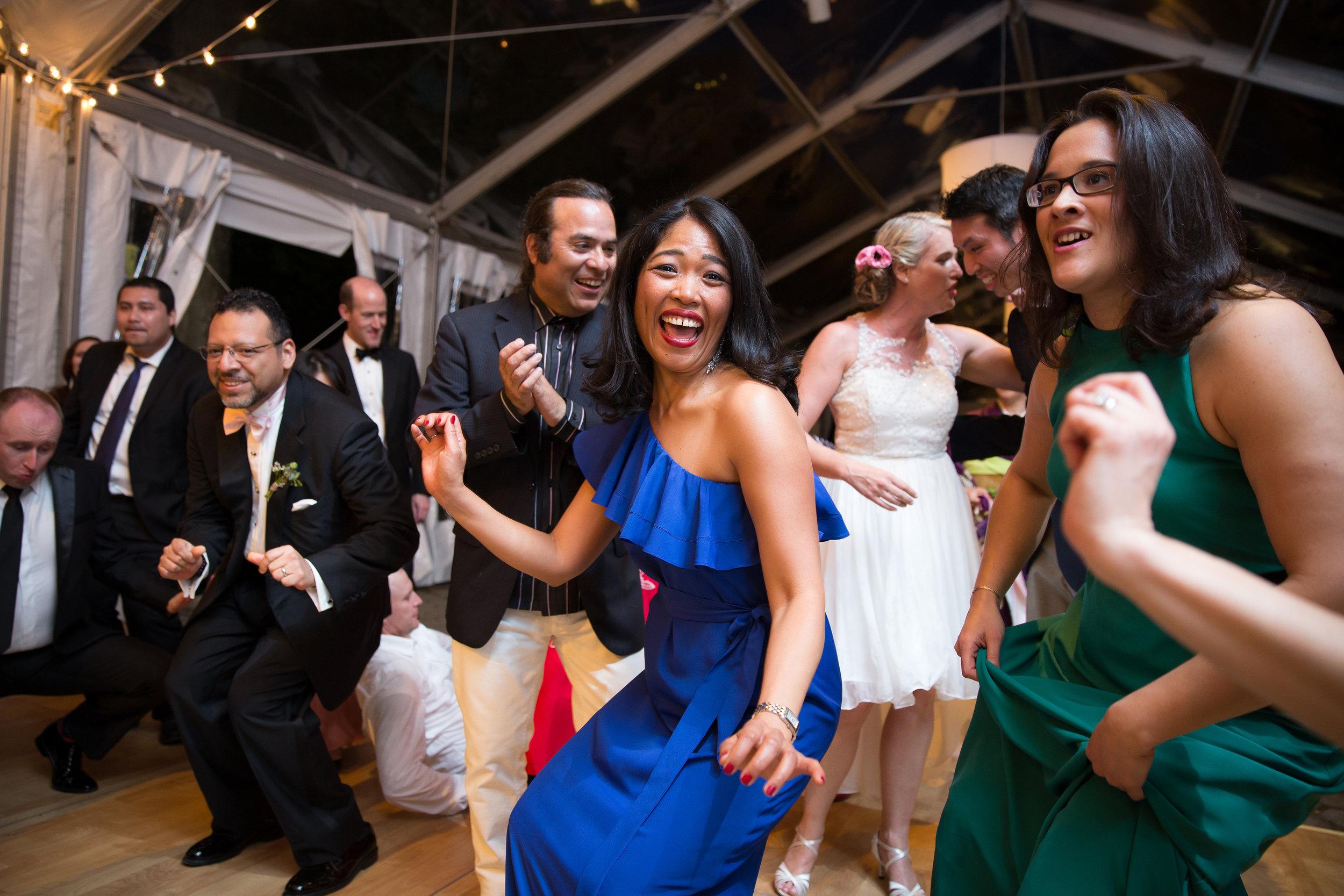 victorious-events-nyc-035-colleen-taka-central-park-zoo-wedding-raymond-hamlin.jpg