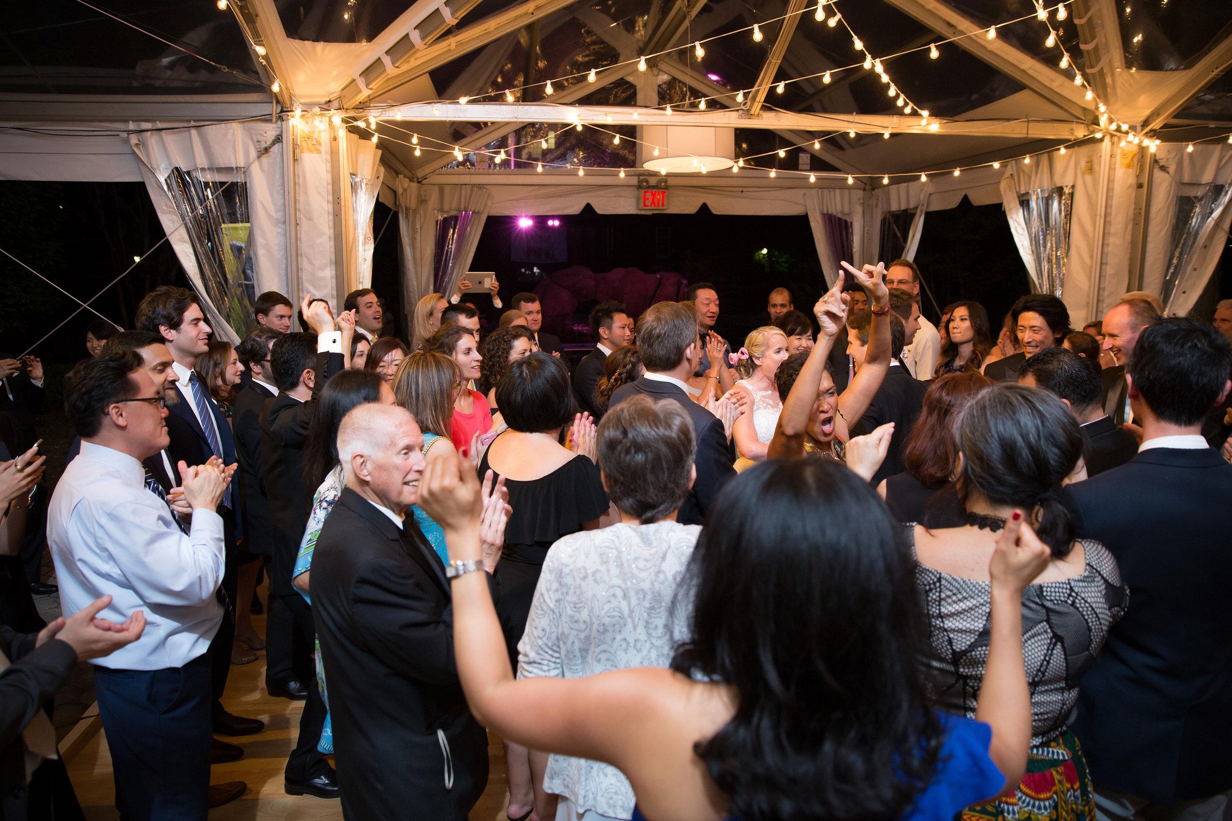 victorious-events-nyc-036-colleen-taka-central-park-zoo-wedding-raymond-hamlin.jpg