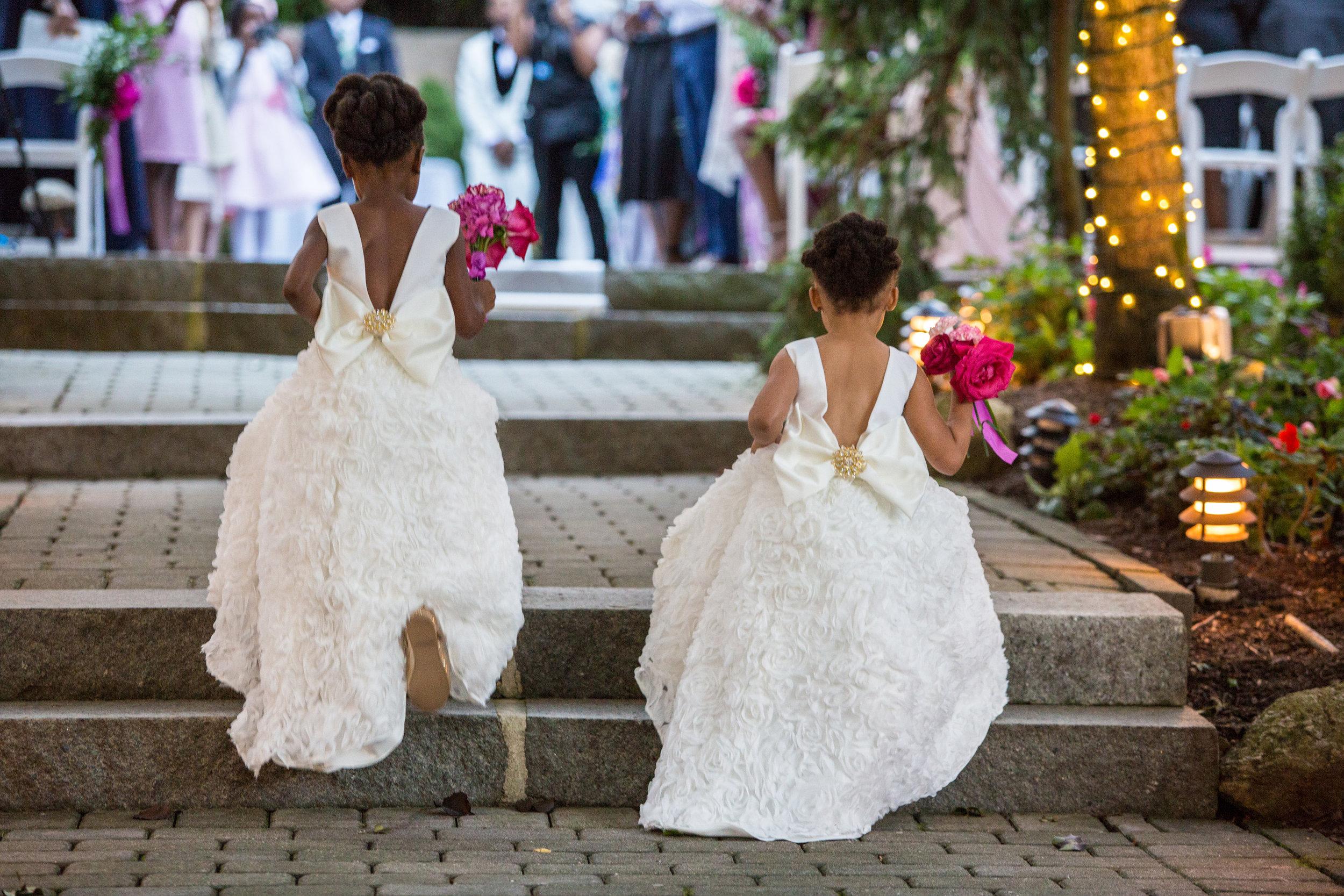 victorious-events-nyc-016-romie-kamali-tides-estate-wedding-nana-annan.jpg