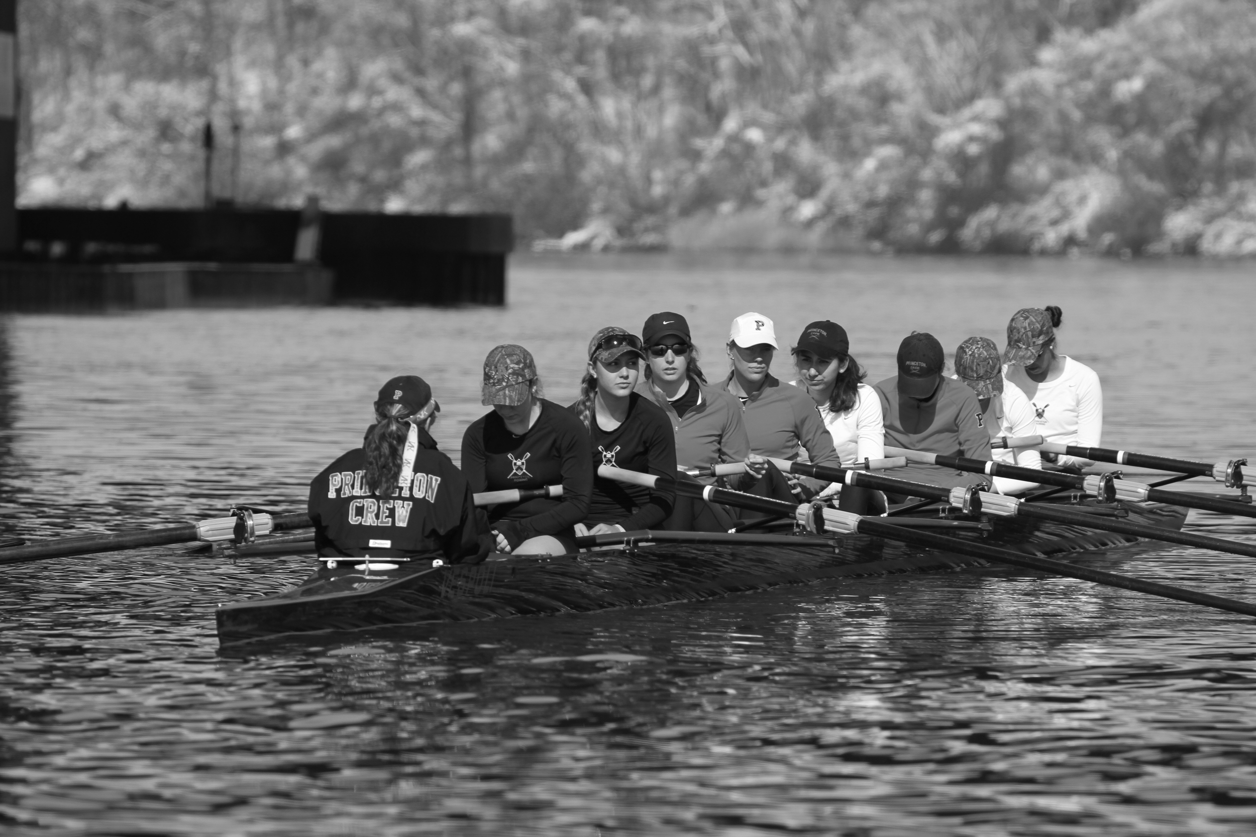The 1v chilling - literally - between pieces