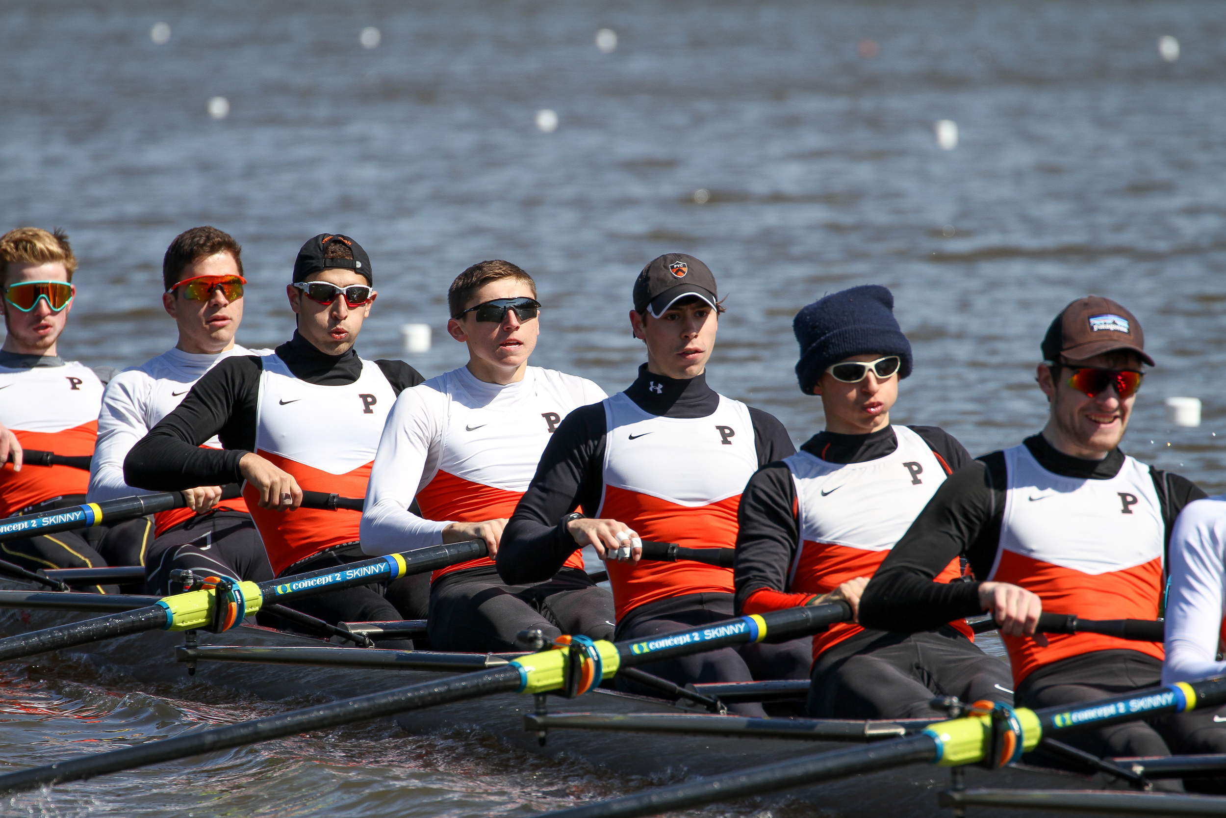 The Lightweight men's 2V rows to victory over Georgetown
