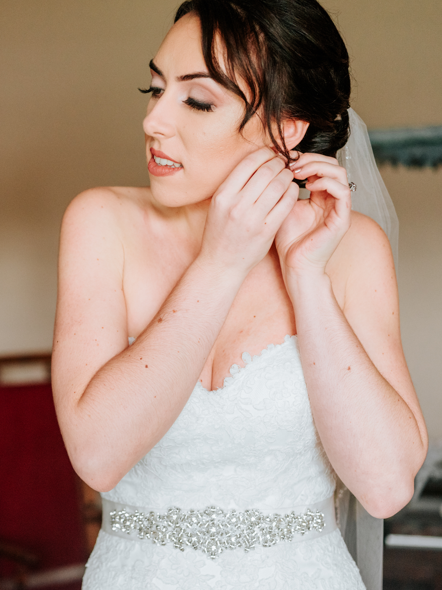 Stolen Glimpses Seattle Wedding Photographers 18.jpg