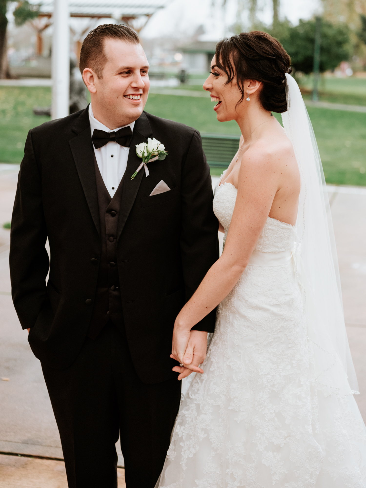 Stolen Glimpses Seattle Wedding Photographers 34.jpg