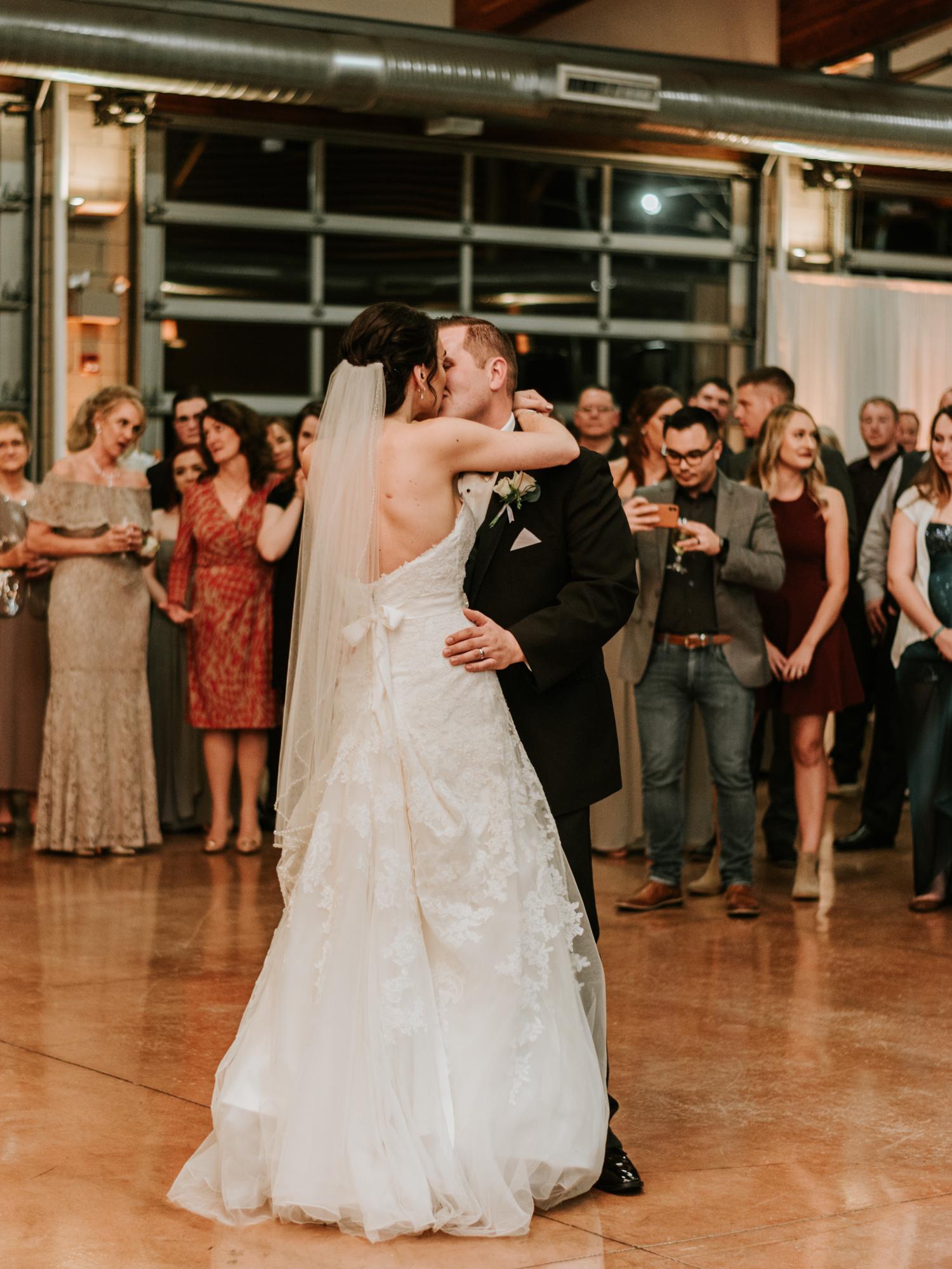 Stolen Glimpses Seattle Wedding Photographers 102.jpg