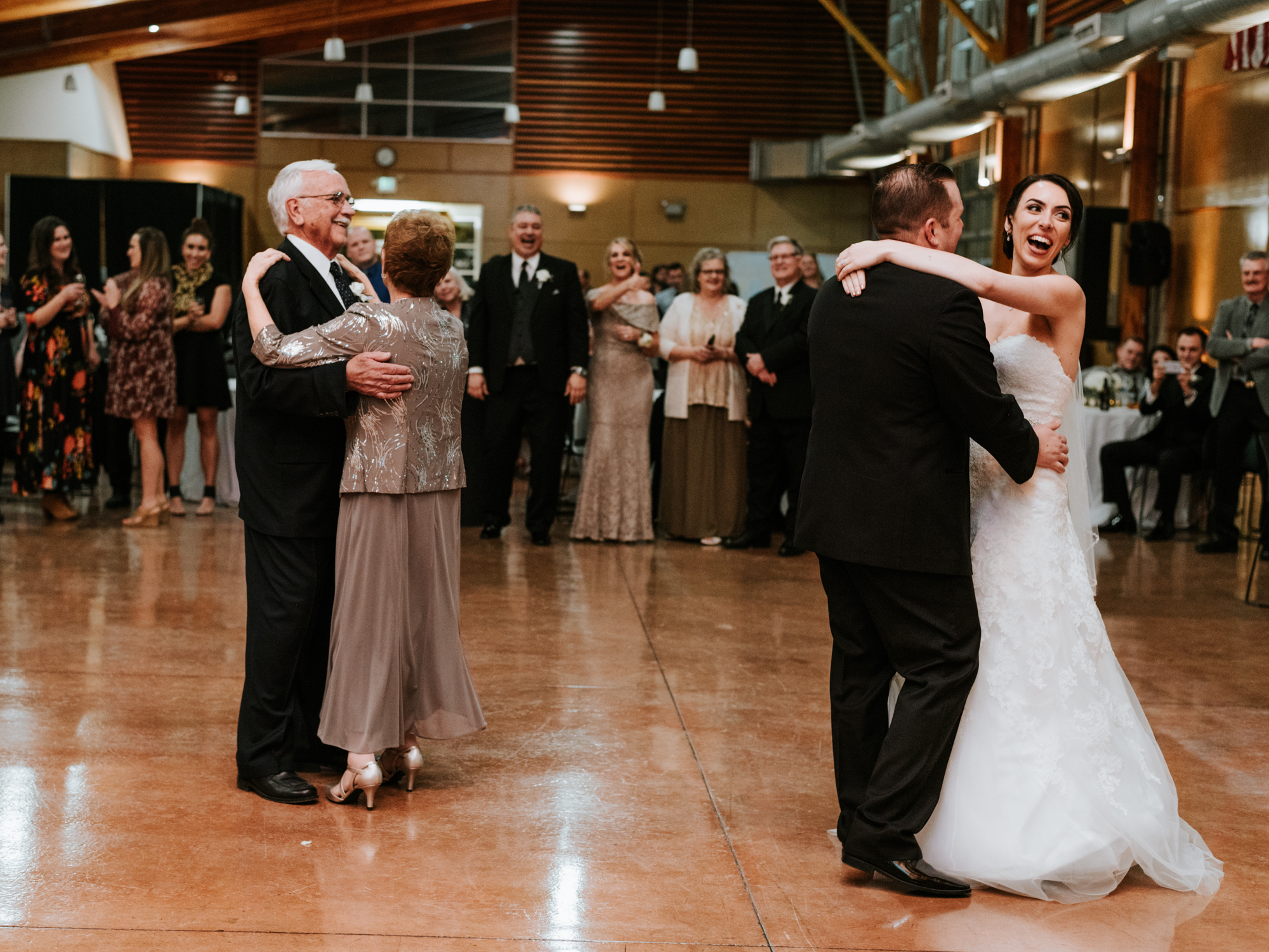 Stolen Glimpses Seattle Wedding Photographers 106.jpg