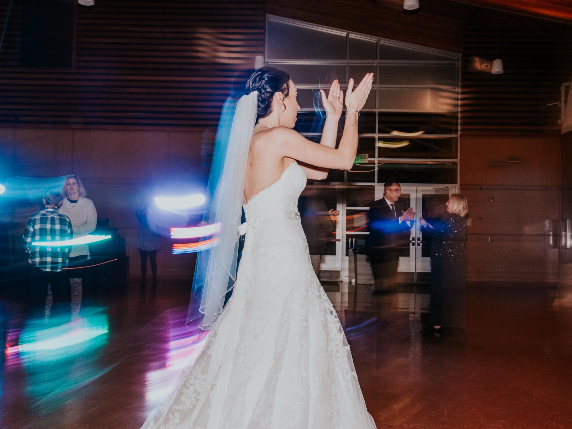 Stolen Glimpses Seattle Wedding Photographers 109.jpg
