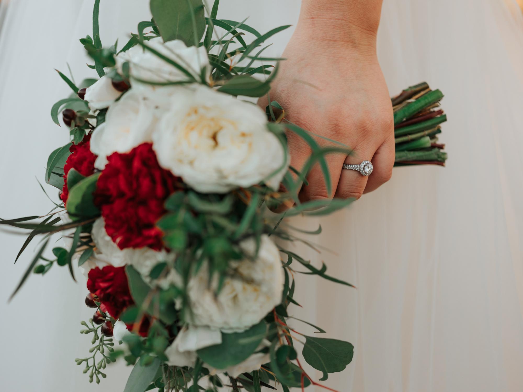 Stolen Glimpses Seattle Wedding Photographers 20.jpg